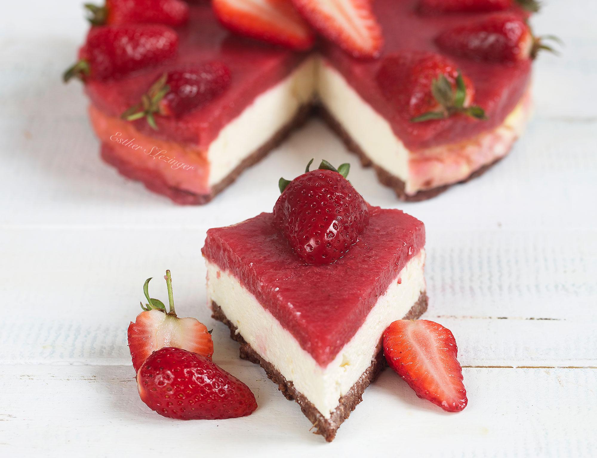 легкий клубничный десерт без выпечки