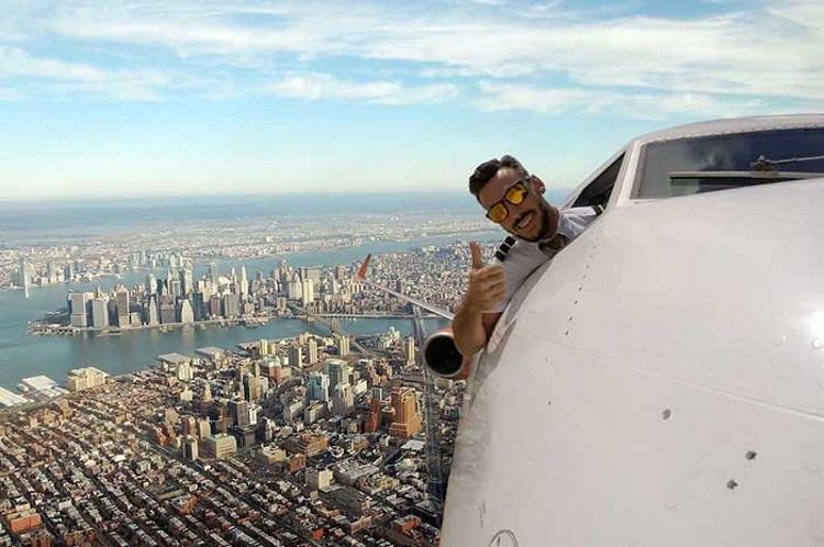 провокационные фото пилота