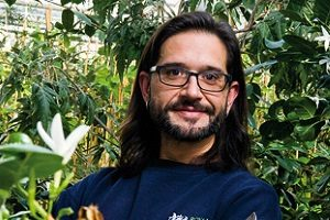 «Мессия растений» Карлос Магдалена