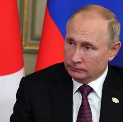 Путин второй раз спасает украинцев