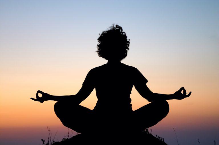 Красота и здоровье. Воздушная йога. Польза йоги в воздухе