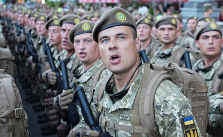 Закон о реинтеграции Донбасса – Киев явно настроен на возобновление войны в Донбассе