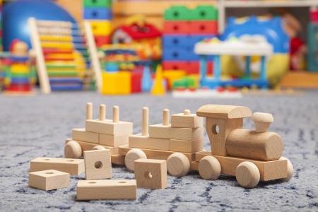 преимущества деревянных игрушек для детей