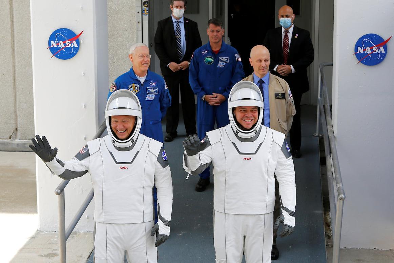 Запуск ракеты Falcon 9С отложен из-за погоды